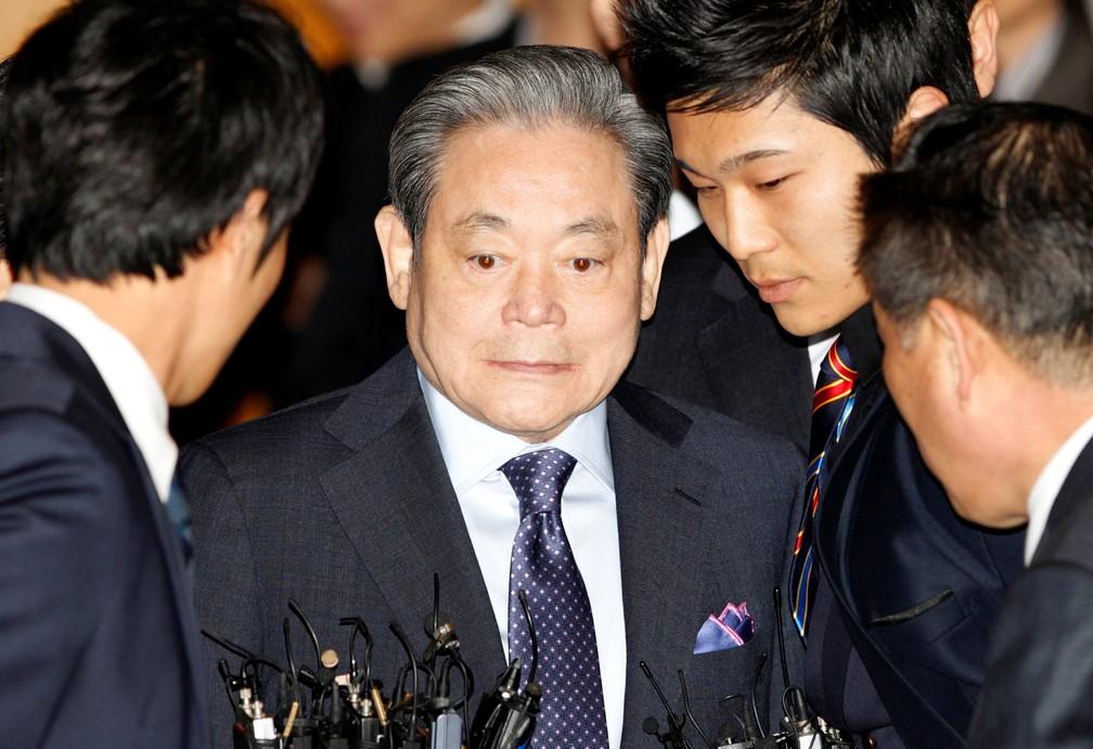 2020 10 25t012726z 342982020 rc2dpj9z6c9z rtrmadp 3 samsung electronics chairman - Lee Kun-hee, presidente da Samsung, morre aos 78 anos