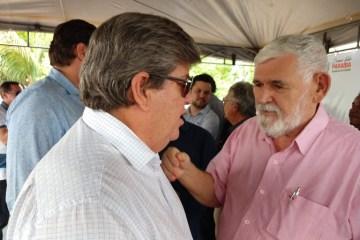 """EXCLUSIVO – João Azevedo demite o secretário de Agricultura: """"Couto foi desrespeitoso e debochado com o governador"""" – VEJA DOCUMENTO"""