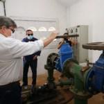 3fb2b6eb ecfc 47db 9990 2725593a3eb4 - João Azevêdo inspeciona obras de abastecimento d'água, esporte, social e mobilidade urbana em Guarabira e Caldas Brandão