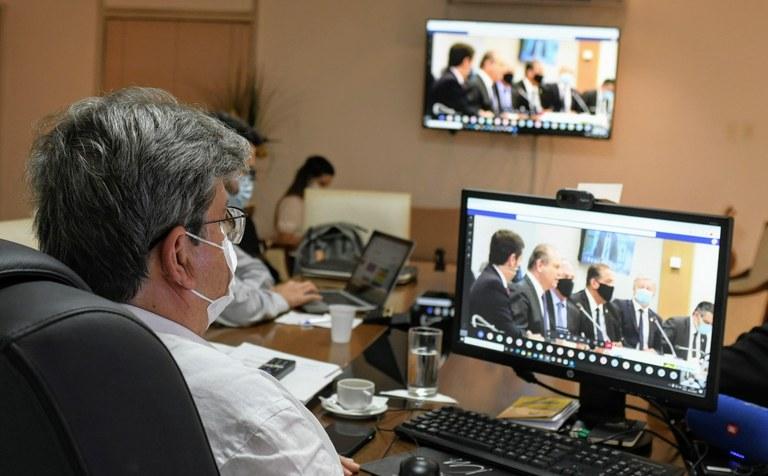 """51E2FEEC 903E 4C09 BC8B 0178737A591A - DESASTRE NA PANDEMIA: João Azevedo critica Bolsonaro por suspender compra da vacina chinesa: """"Pequenez política"""""""