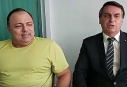 Bolsonaro determina condição para manter ministro da Saúde no cargo; entenda