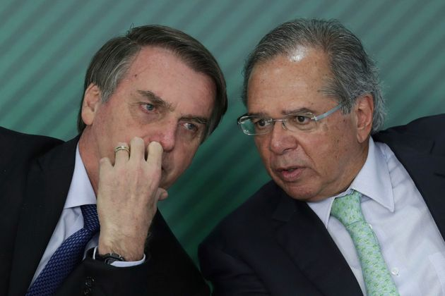 9ec7e3b1 bolsoguedes - Para bancar Renda Cidadã, governo e Congresso estudam endurecer BPC, abono e Bolsa Família
