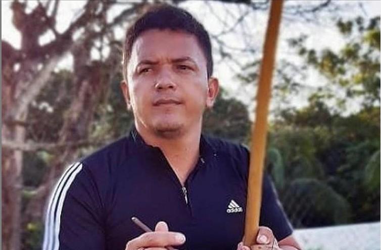 Capturar 1 - Candidato a vereador da cidade de Santa Rita sofre atentado e tem carro atingido por tiros