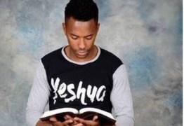 Robinho volta às redes sociais e posta versículo da Bíblia: 'Tenho a força de Cristo em mim'