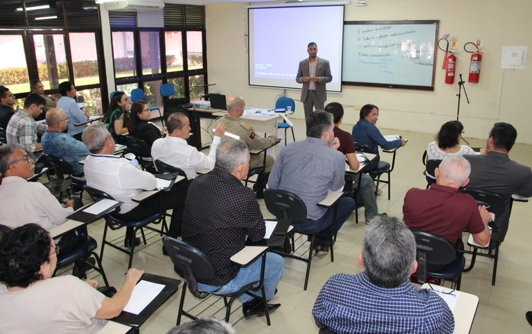 SALA - ESPEP lança seleção para formação de cadastro de profissionais para compor bancas de avaliação