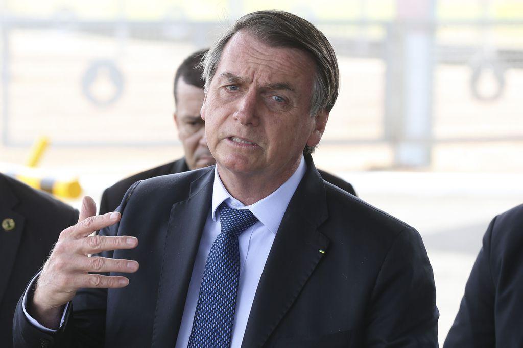 bolsonaro - PESQUISA FÓRUM: Ótimo e bom de Bolsonaro cai e ruim e péssimo sobe