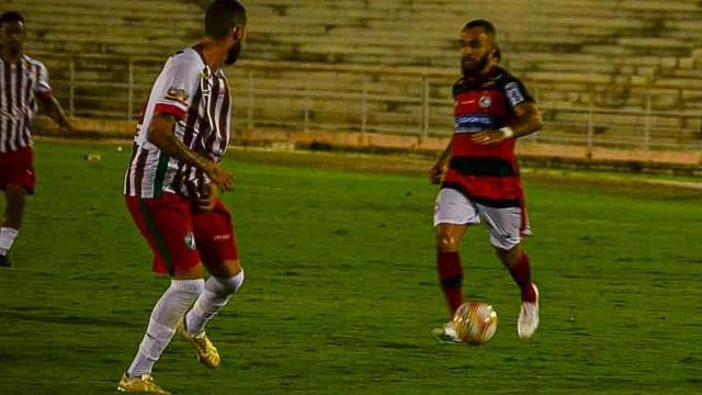 campinense x salgueiro samy oliveira campinense 14.10.20 02 - CAMPEONATO BRASILEIRO: Campinense é derrotado pelo Salgueiro-PE