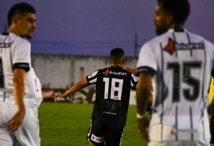 clássico - Treze vence Botafogo-PB e conquista a 1ª vitória na Série C