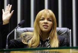 Flordelis diz que 'não faria sentido' matar o marido pois dependia dele