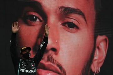 Hamilton vence GP de Portugal, fatura sua 92ª vitória e supera Schumacher