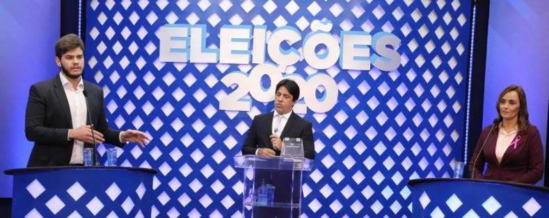 """imagem 2020 10 13 233724 - Ana Cláudia acusa Bruno de querer privatizar educação e candidato diz que gestão de Veneziano deixou CG """"entregue ao lixo"""""""