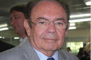 ivandro cunha lima - Ex-senador Ivandro Cunha Lima passa por cirurgia nesse momento, após sofrer acidente doméstico