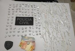 Mulher é presa com mais de 300 pedras de crack, em Umbuzeiro, na Paraíba