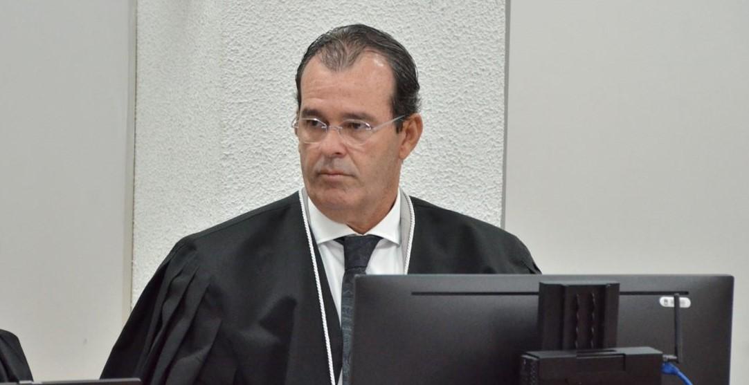 oswaldo trigueiro - Desembargador do TJPB manda pagar pensão a 4 viúvas de ex-governadores