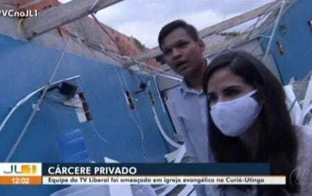 reporter refem igreja evangelica 450x282 1 1 - Repórter da Globo é mantida refém em igreja evangélica durante reportagem - VEJA VÍDEO