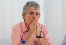 Ricardo Coutinho passa Natal em família e tenta superar sofrimentos, esposa perdeu o filho que esperavam