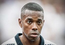 Patrocinadores pressionam Santos a desistir da contratação de Robinho