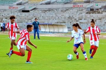 Auto Esporte é derrotado pelo Bahia no Estádio Almeidão
