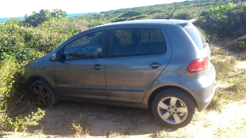 whatsapp image 2020 10 16 at 154646 - Carro do padre Gilmar é encontrado em praia do Litoral Sul da Paraíba