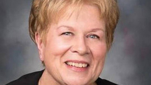 xjacqueline fischer.jpg.pagespeed.ic .XiYhl BLF5 - Professora perde o cargo após desejar morte do presidente em rede social