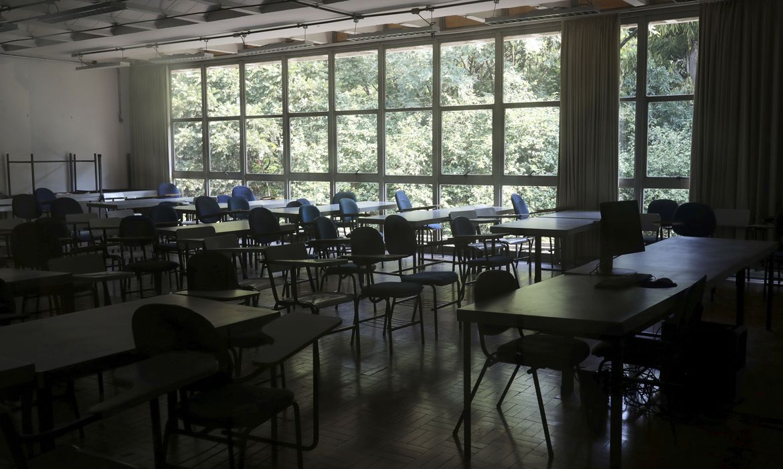 08 07 2020 sala de aula covid - Volta às aulas será o primeiro desafio dos novos gestores municipais