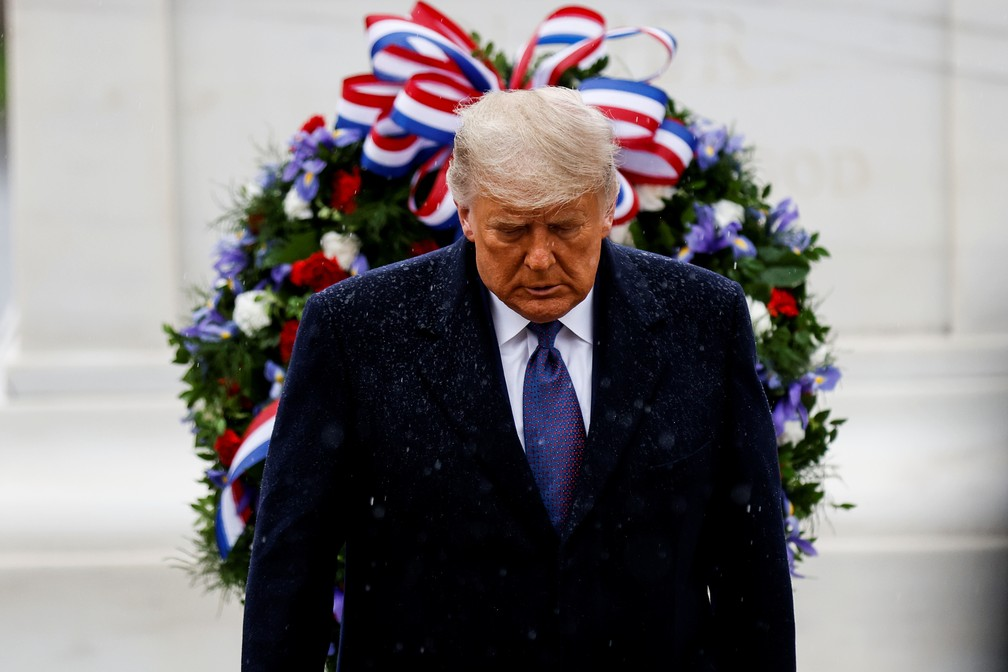 2020 11 11t163733z 46737083 rc241k9lsxdf rtrmadp 3 usa veteransday trump - Trump participa de 1º evento público após derrota na eleição