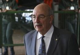 Ex-ministro Osmar Terra é transferido para a UTI do Hospital da PUC em Porto Alegre