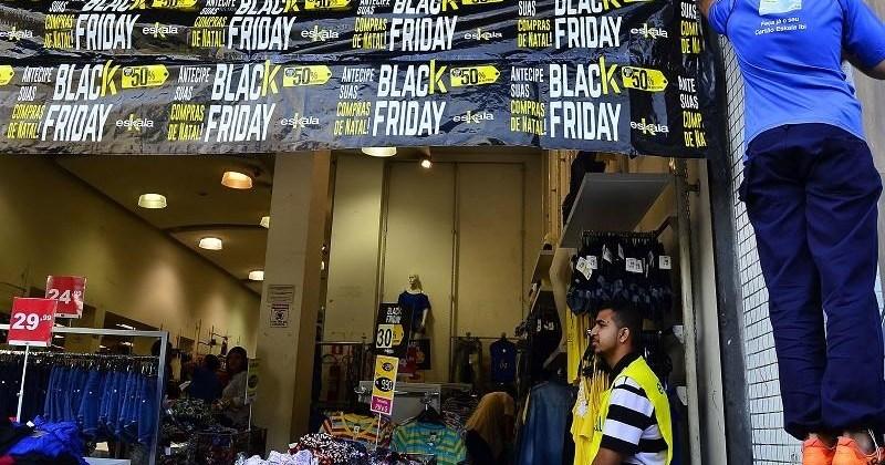 BLACK FRIDAY: lojas são autuadas por aglomeração em Campina Grande