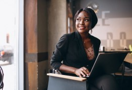 Consciência Negra: internet ecoa vozes que ajudam no combate ao racismo