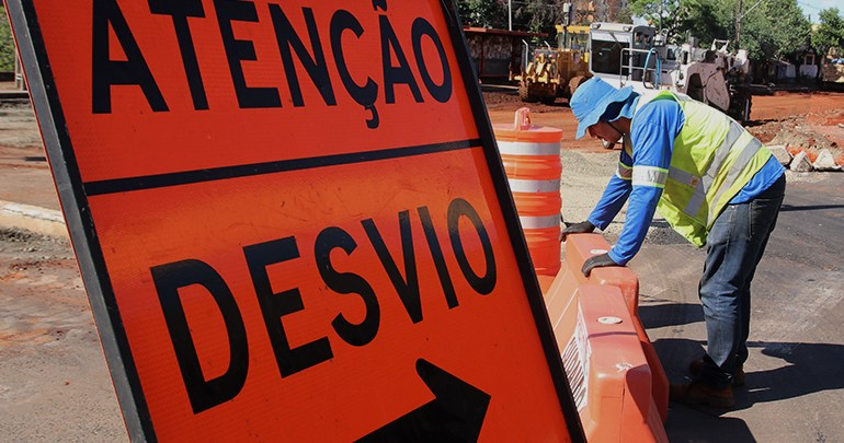 Obras Leste Oeste ED 1 - Novos trechos da Avenida Júlia Freire serão bloqueados para obras da Cagepa