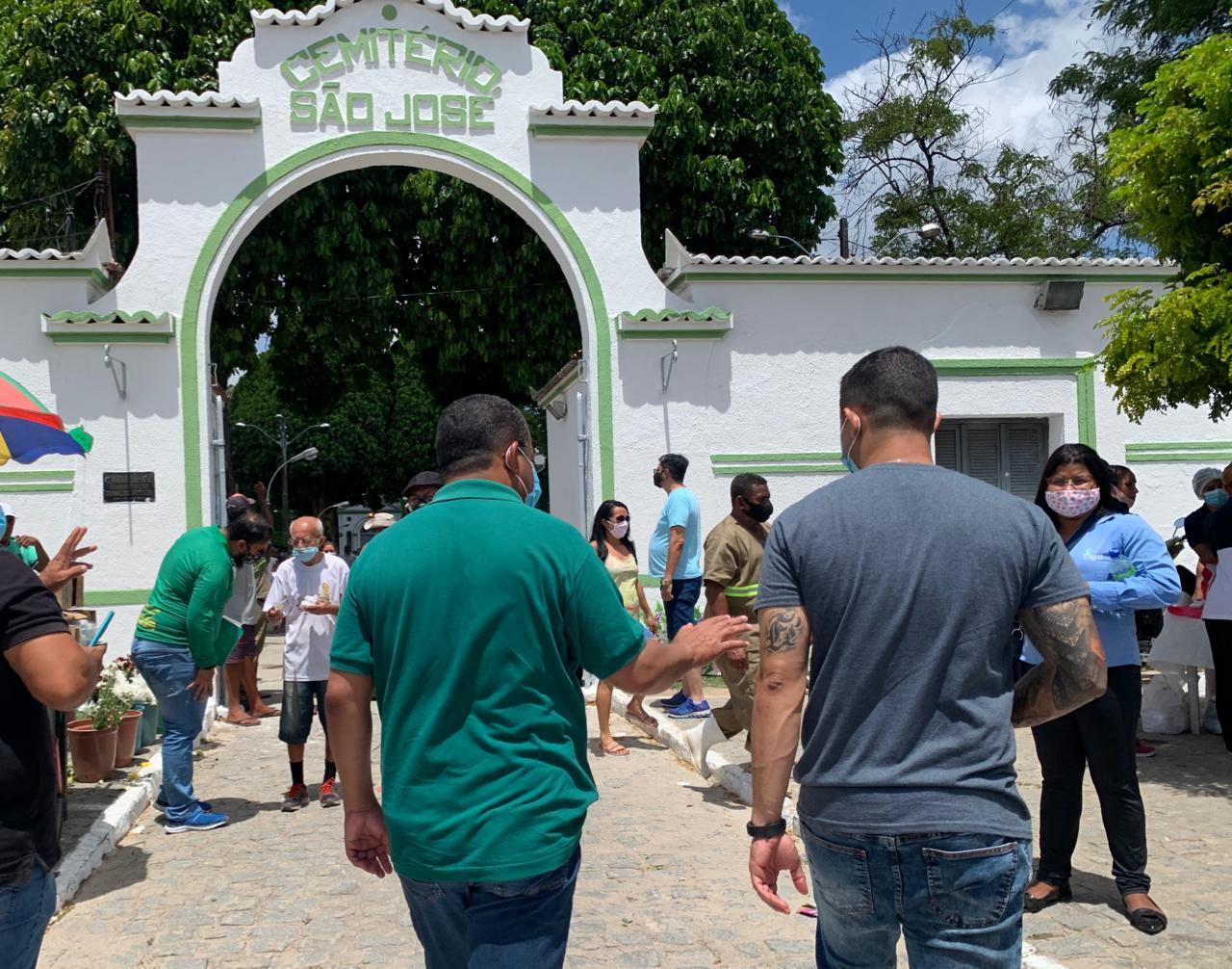 WhatsApp Image 2020 11 02 at 12.49.16 - No dia de Finados, Nilvan anuncia que vai reformar cemitérios da Capital