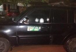 Candidato a prefeito tem carro metralhado e policia investiga motivação