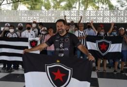ELEIÇÕES NO BOTAFOGO: Situação desiste da disputa e Alexandre Cavalcanti é eleito presidente