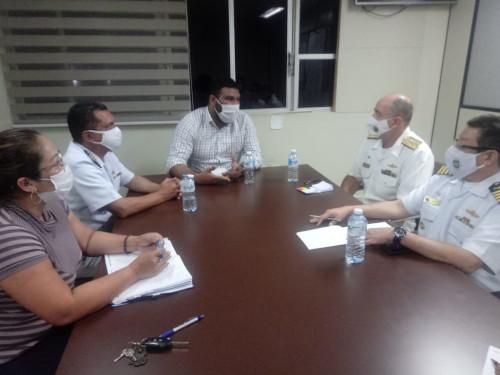 autoridades da marinha e do amapa tracam estrategias - Marinha envia suporte para auxiliar população do Amapá