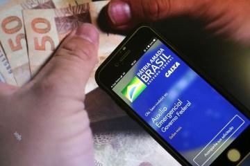 auxilio emergencial caixa 1510202279 - Caixa paga hoje auxílio emergencial para 5,1 milhões de beneficiários