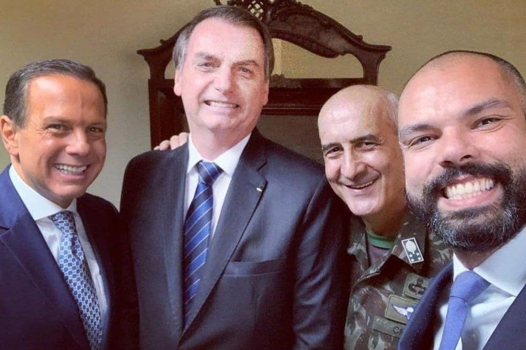bruno covas bolsonaro doria 1080x720 1 - Bruno Covas diz que fez selfie com Bolsonaro por educação