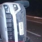 carro9 - Carro de Cida Ramos capota após colidir em outro veículo, em João Pessoa