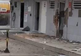 Polícia monta cerco para capturar criminosos envolvidos em explosão a posto de combustíveis