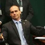 fake - Bolsonaristas alvos do STF e Eduardo Bolsonaro foram os que mais espalharam fake news contra eleições, diz FGV