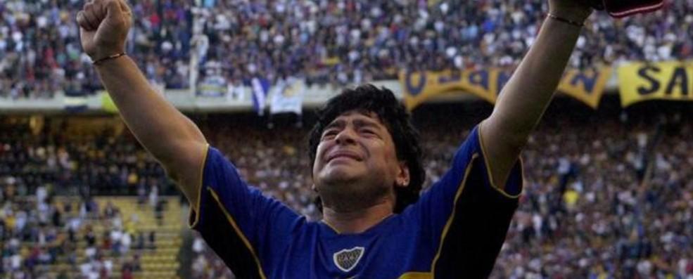 maradona boca - Morte de Maradona adia jogo entre Inter e Boca Juniors pela Libertadores