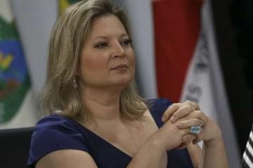 STJ condena Joice a indenizar ex-senadora do PT por insultos durante impeachment
