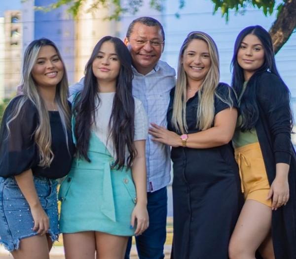 nil - SERTANEJO, MAS ROCKEIRO: as curiosidades sobre a vida de Nilvan Ferreira - CONFIRA
