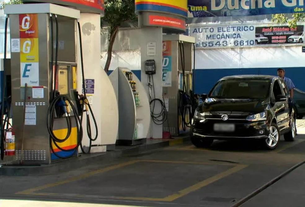 psooto - AUMENTOU! Preço da gasolina na capital sobe para R$ 4,099, segundo o Procon-JP