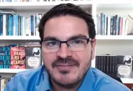 """""""ELA VAI FICAR DE CASTIGO FEIO"""": Em live, ideólogo de direita afirma que se filha fosse abusada, não denunciaria o caso à Polícia – VEJA VÍDEO"""