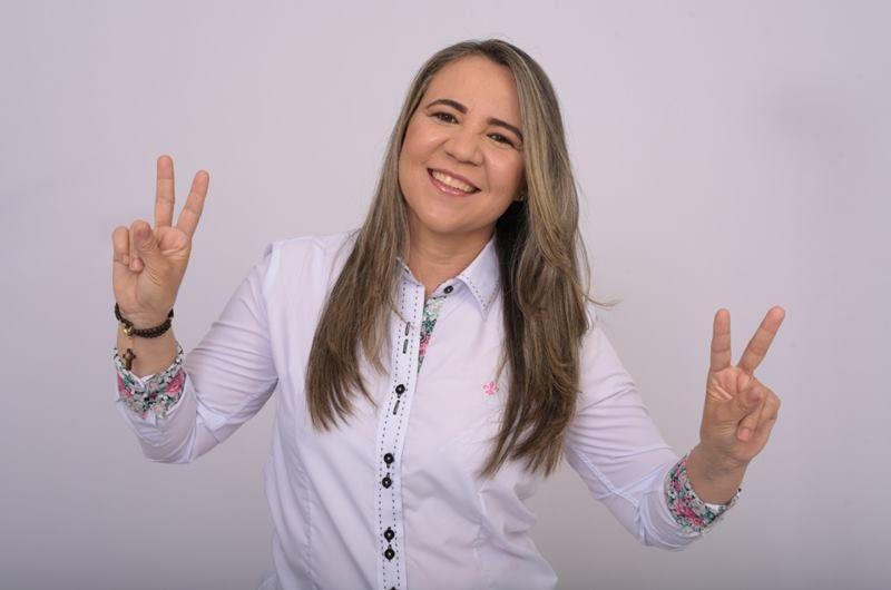 santana 4 - Empresária se torna a vereadora mais votada da história em município do Vale do Piancó