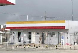 Posto de combustível é explodido e polícia chega durante a ação; Suspeito foi baleado