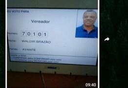 Eleitor tira foto na hora do voto e divulga em grupo de WhatsApp