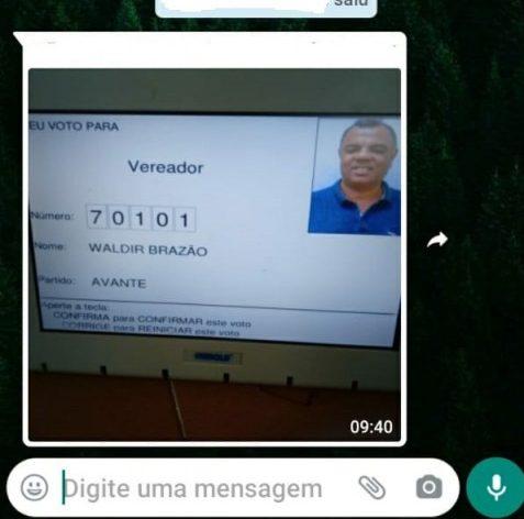 whatsapp image 2020 11 15 at 09 53 10 20500785 e1605452109645 - Eleitor tira foto na hora do voto e divulga em grupo de WhatsApp