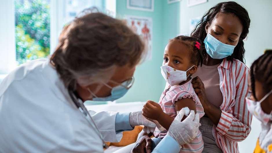 114205109gettyimages 1266646731 - Coronavírus: os julgamentos do STF sobre vacinas que podem mudar o rumo do combate à pandemia