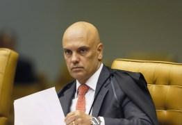 Moraes decide que Bolsonaro não tem direito de desistir de depoimento à PF